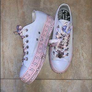Converse x Miley Cyrus Low Tops